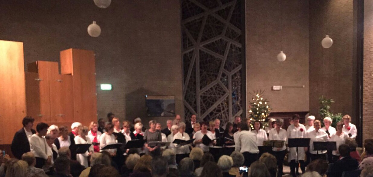 Candels zingen Kerstliederen