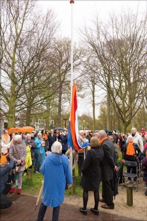 Aubade en vlag hijsen