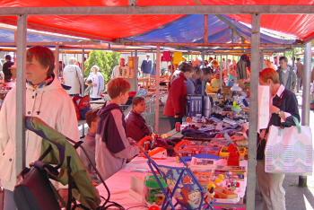 Rommelmarkt op het Boerhaaveplein