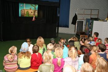 Kindertheater in Daltonschool