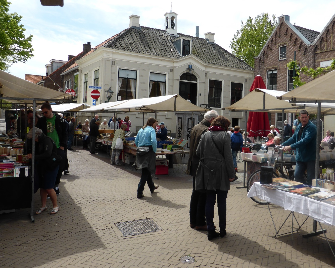 Boekenmarkt Dorpsstraat Warmond