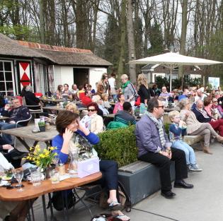 Theehuis: Baars, Merbis, Van Pijlen