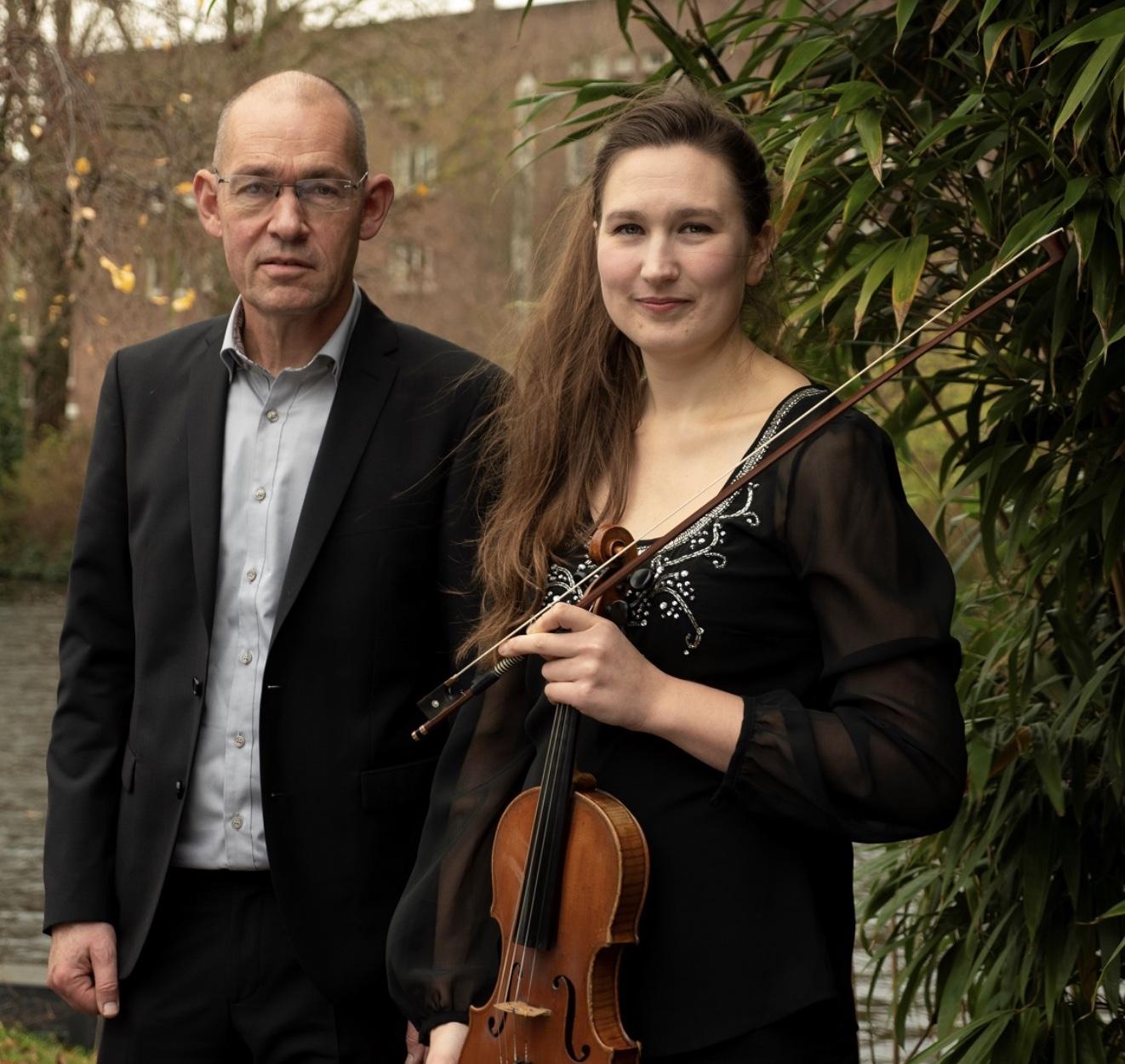 Für K. op piano en viool: ampijoloe.com